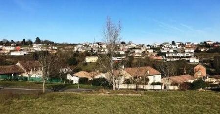 petit village de montastruc la conseillere